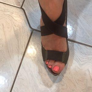 Elie Tahari Shoes - Elie Tahari wedges size 37 khaki/ brown fits 6.5